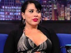 Soraya Carioca a Atriz Mais Rabuda da Cena Ficou de Costas Quicando no Negão e Foi Filmada Nos Bastidores