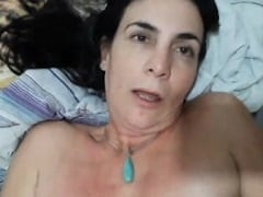 Michele coroa cadela demais ficou recebendo rola no cuzinho enquanto masturbava a bucetinha e fazia cara de tesão