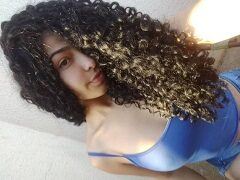 Mirian Gabriela novinha de 18 aninhos se exibindo e rebolando nua