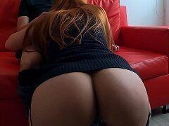 Amália ruivinha deliciosa da bunda enorme mamando e quicando